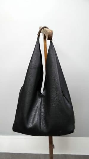 Cabas cuir noir Coccinelle