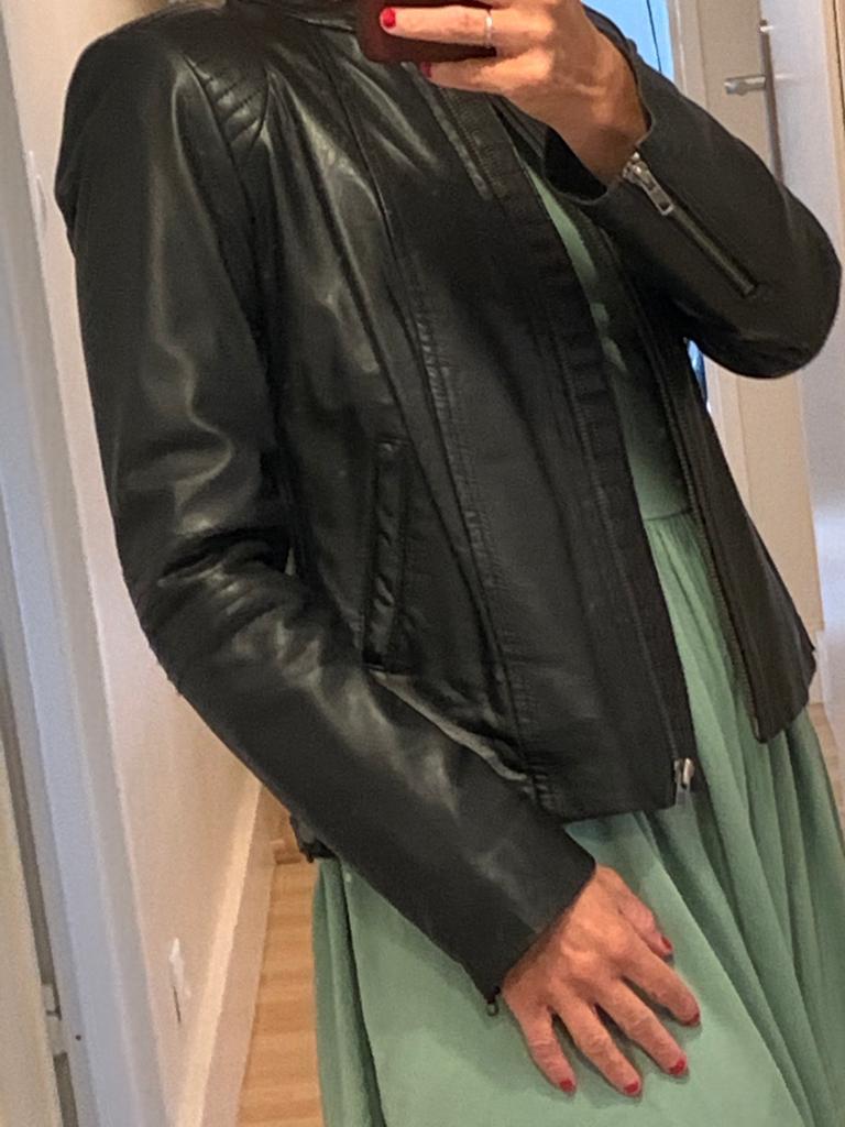 Blouson en cuir noir Comptoir des Cotonniers